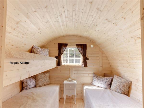 Wolff Finnhaus Campingfass Mega: 2 Betten und eine Ablage